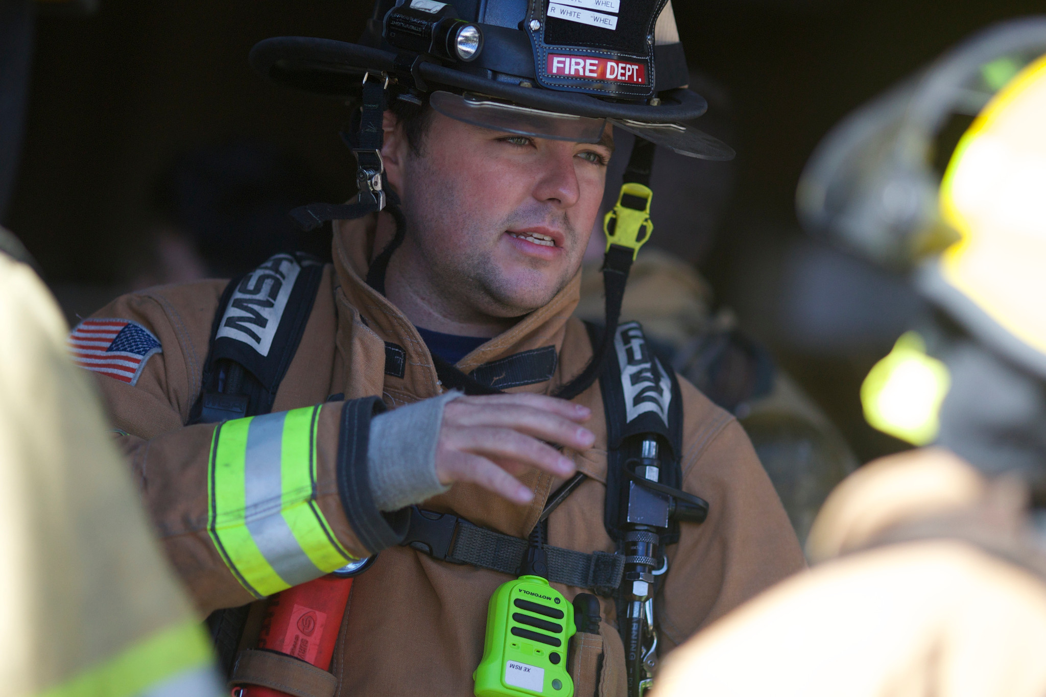 Motorola_Two_Way_Radio_Illinois_fire_ems